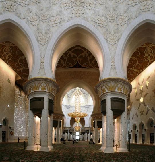 Abu Dhabi Grand Mosque Interiors